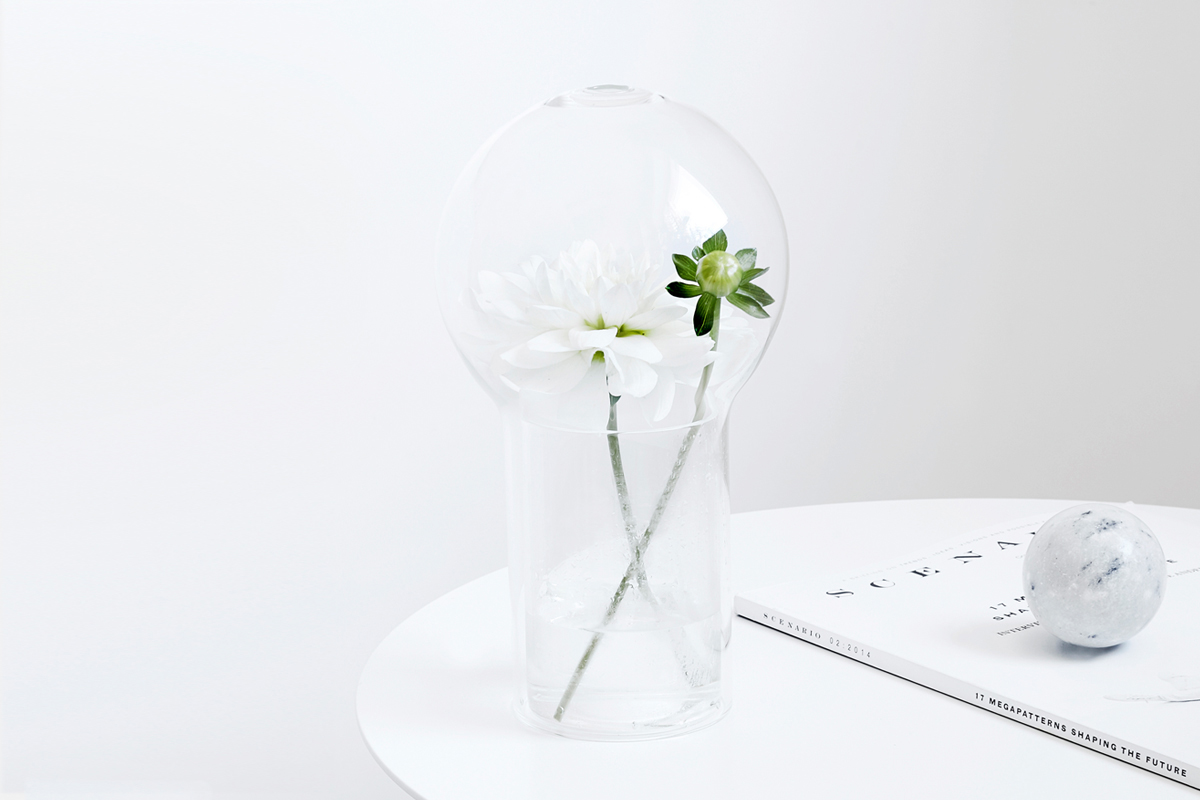 glass vase flower fragrance scent